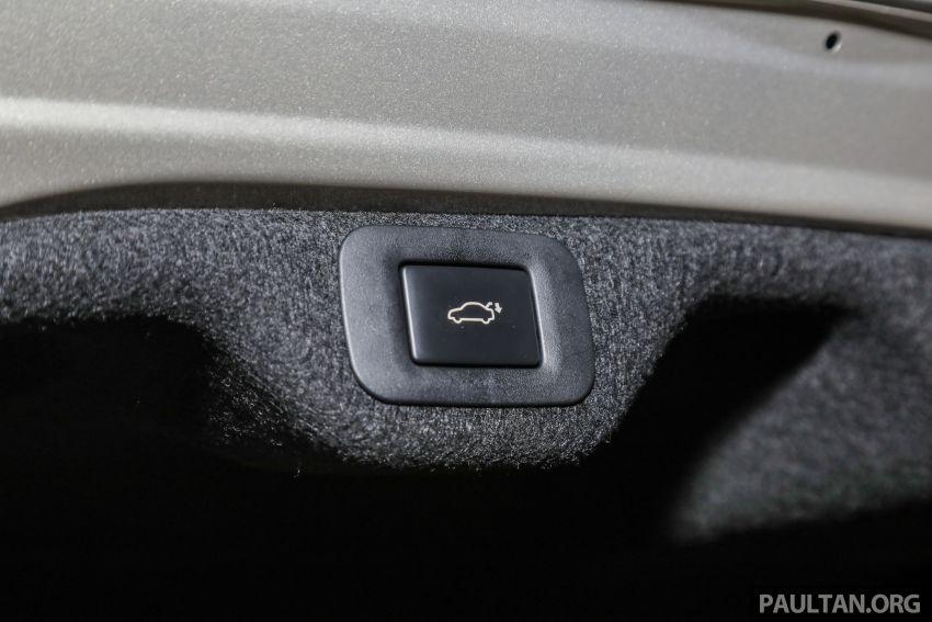 GALLERY: New Lexus ES 250 Luxury – CBU, RM333k Image #980367