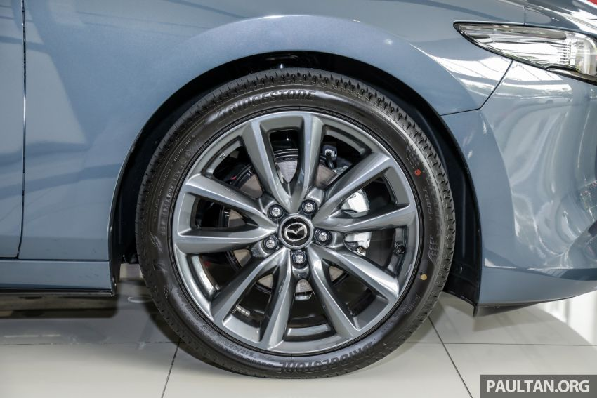 2019 Mazda 3 arrives at Malaysian showroom – 1.5L Sedan, 2.0L Hatchback High Plus; price from RM140k Image #982089
