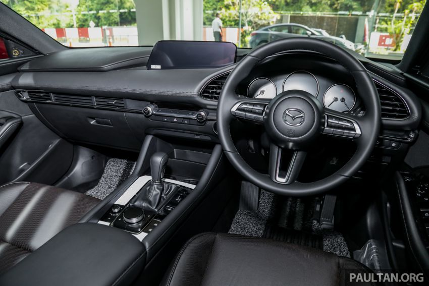 2019 Mazda 3 arrives at Malaysian showroom – 1.5L Sedan, 2.0L Hatchback High Plus; price from RM140k Image #982120