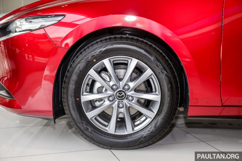 2019 Mazda 3 arrives at Malaysian showroom – 1.5L Sedan, 2.0L Hatchback High Plus; price from RM140k Image #982151