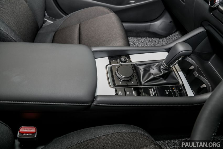 2019 Mazda 3 arrives at Malaysian showroom – 1.5L Sedan, 2.0L Hatchback High Plus; price from RM140k Image #982175