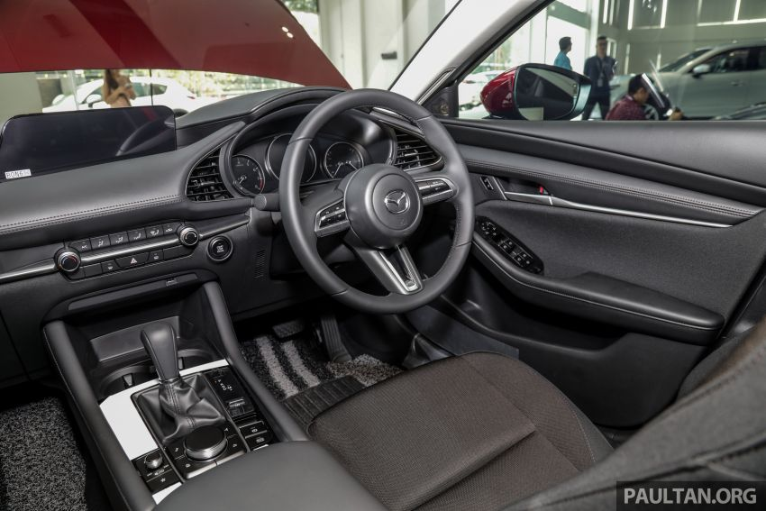2019 Mazda 3 arrives at Malaysian showroom – 1.5L Sedan, 2.0L Hatchback High Plus; price from RM140k Image #982180