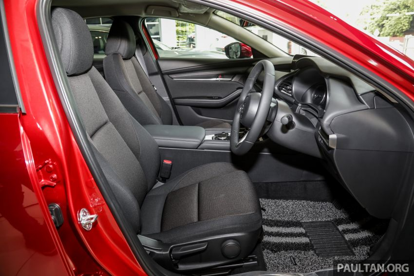 2019 Mazda 3 arrives at Malaysian showroom – 1.5L Sedan, 2.0L Hatchback High Plus; price from RM140k Image #982182