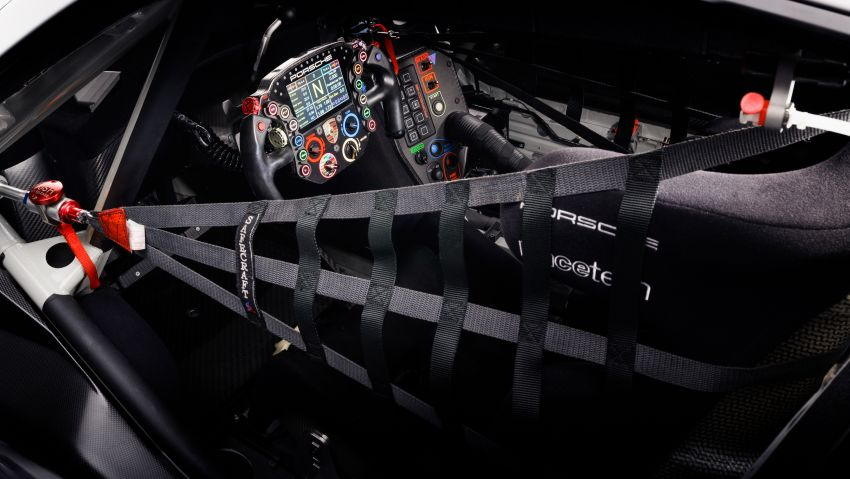 Porsche 911 RSR revised for 2019 – mid-engined GTE race car to defend WEC titles, debuts at Goodwood Image #983004