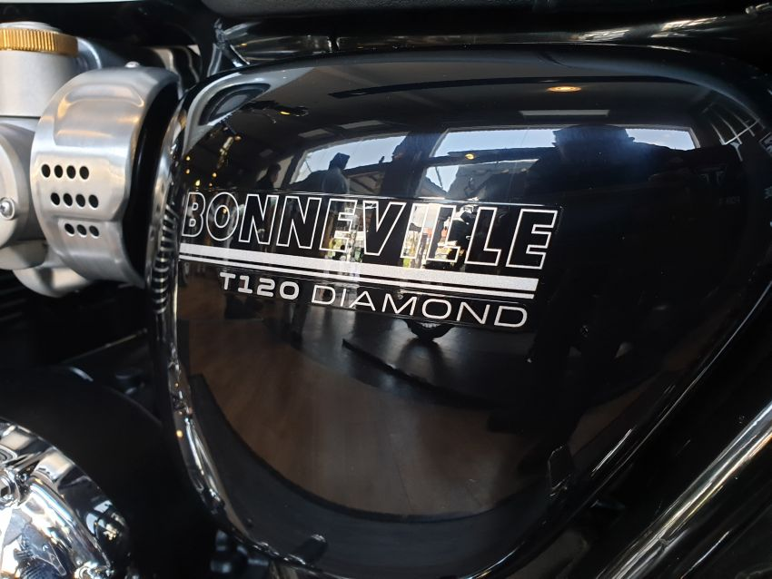 2019 Triumph Bonneville T120 Ace and Diamond Edition in Malaysia – priced from RM74,900 Image #979718
