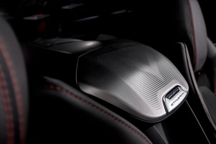 C8 Chevrolet Corvette Stingray goes mid-engined with 495 hp 6.2 litre NA V8, DCT, 0-100 km/h under 3 secs Image #989154