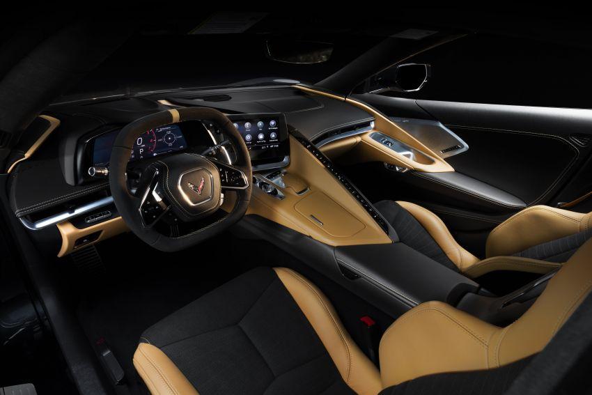 C8 Chevrolet Corvette Stingray goes mid-engined with 495 hp 6.2 litre NA V8, DCT, 0-100 km/h under 3 secs Image #989177