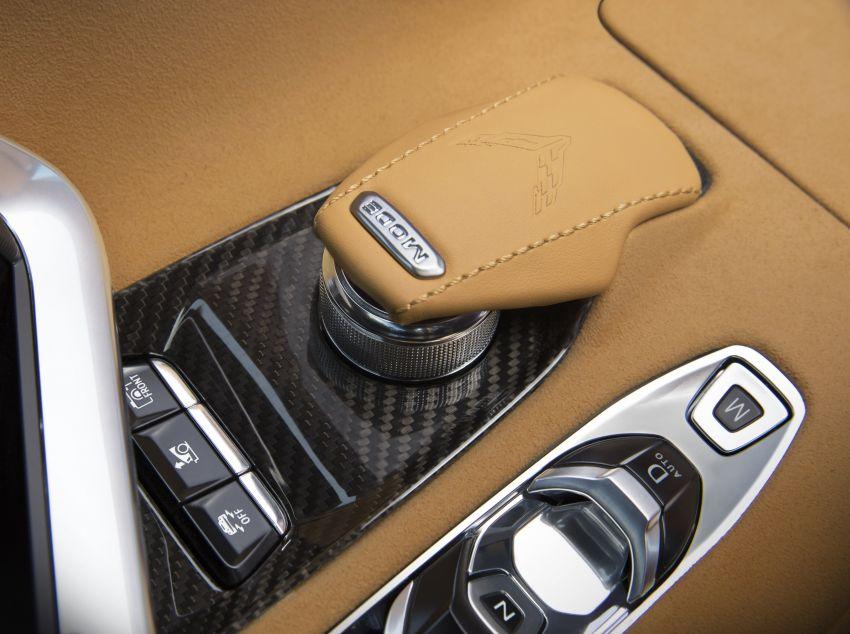 C8 Chevrolet Corvette Stingray goes mid-engined with 495 hp 6.2 litre NA V8, DCT, 0-100 km/h under 3 secs Image #989180