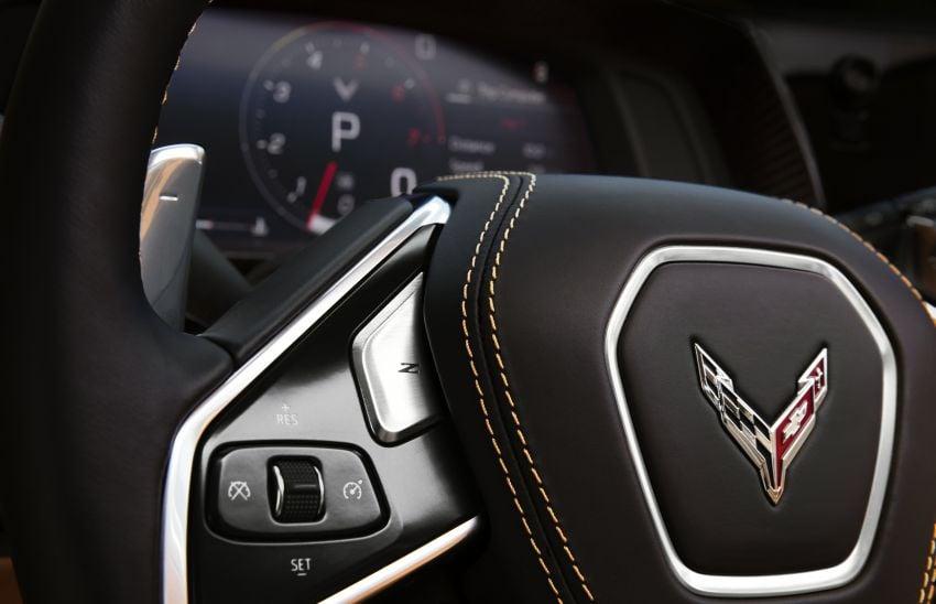 C8 Chevrolet Corvette Stingray goes mid-engined with 495 hp 6.2 litre NA V8, DCT, 0-100 km/h under 3 secs Image #989183