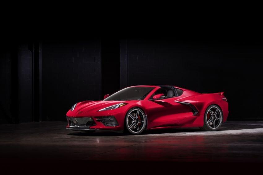 C8 Chevrolet Corvette Stingray goes mid-engined with 495 hp 6.2 litre NA V8, DCT, 0-100 km/h under 3 secs Image #989256