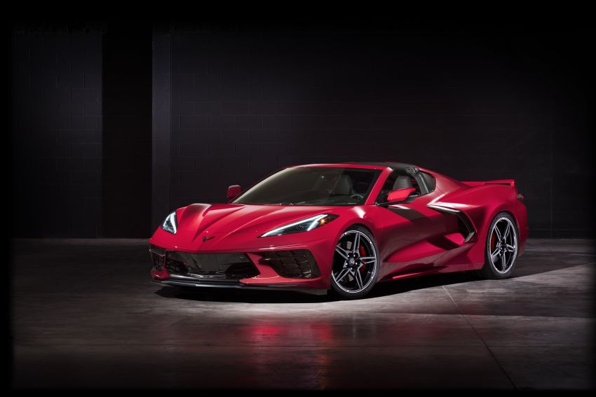 C8 Chevrolet Corvette Stingray goes mid-engined with 495 hp 6.2 litre NA V8, DCT, 0-100 km/h under 3 secs Image #989258