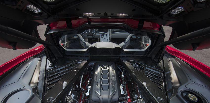 C8 Chevrolet Corvette Stingray goes mid-engined with 495 hp 6.2 litre NA V8, DCT, 0-100 km/h under 3 secs Image #989276