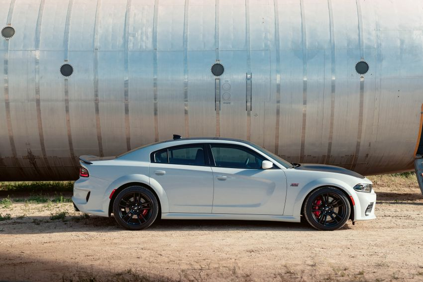 2020 Dodge Charger update includes a widebody kit Image #979545