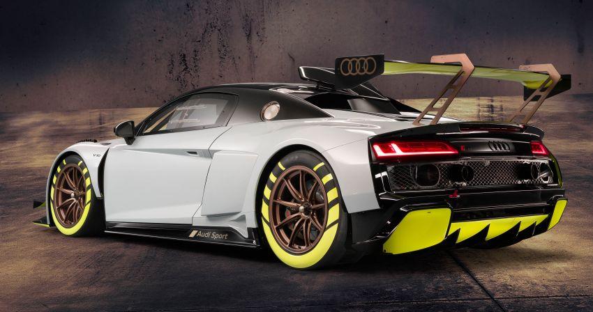 Audi R8 LMS GT2 debuts – another gentleman's racer Image #982543