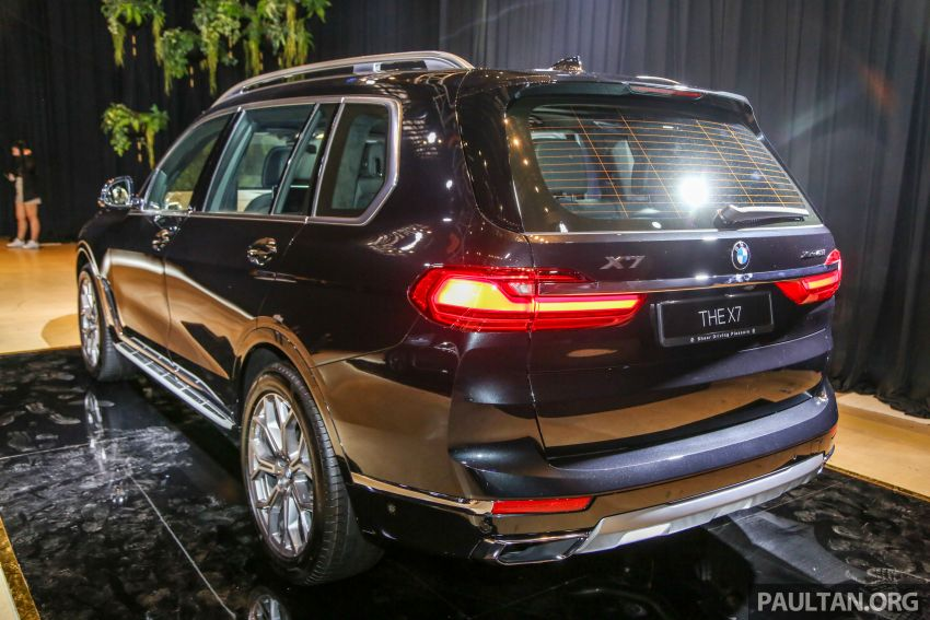 New BMW X7 launched in Malaysia – xDrive40i Design Pure Excellence, 7-seater flagship SUV for RM889k Image #984139
