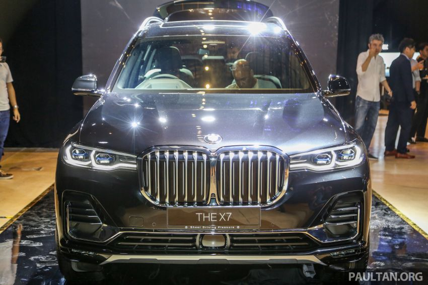 New BMW X7 launched in Malaysia – xDrive40i Design Pure Excellence, 7-seater flagship SUV for RM889k Image #984143