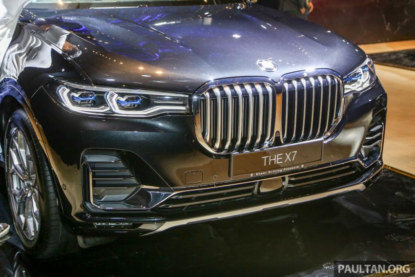 New BMW X7 launched in Malaysia – xDrive40i Design Pure Excellence, 7-seater flagship SUV for RM889k Image #984150