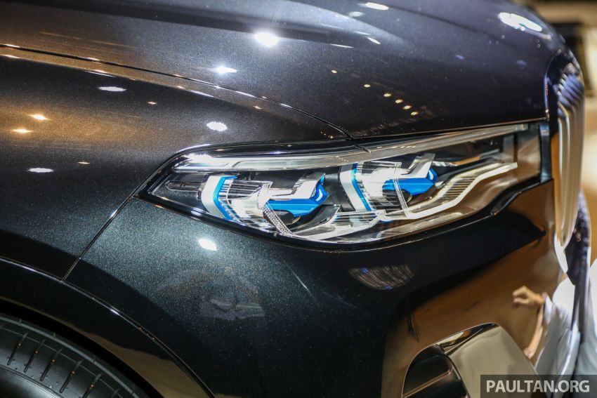 New BMW X7 launched in Malaysia – xDrive40i Design Pure Excellence, 7-seater flagship SUV for RM889k Image #984157
