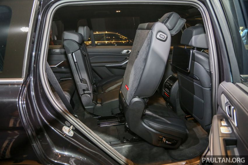 New BMW X7 launched in Malaysia – xDrive40i Design Pure Excellence, 7-seater flagship SUV for RM889k Image #984320