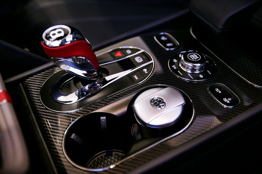 Bentley Bentayga Huntsman edition debuts – each purchase comes with a bespoke Huntsman jacket! Image #980969