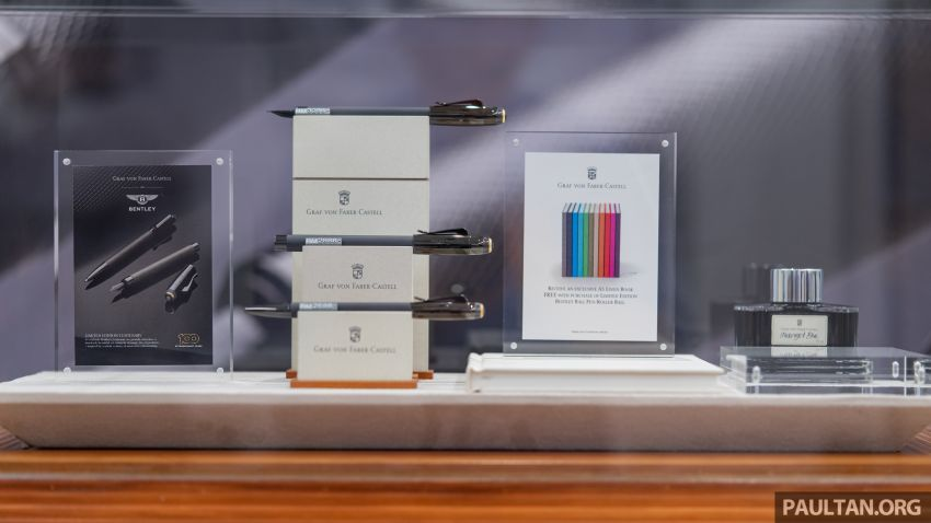 Bentley KL showcases limited-edition Breitling watch and writing instruments from Graf von Faber-Castell Image #984496