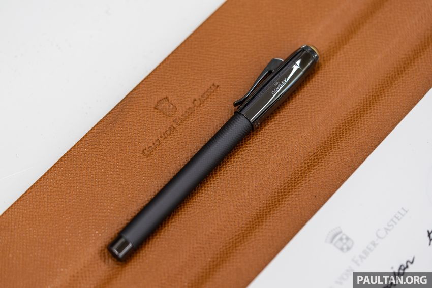 Bentley KL showcases limited-edition Breitling watch and writing instruments from Graf von Faber-Castell Image #984491