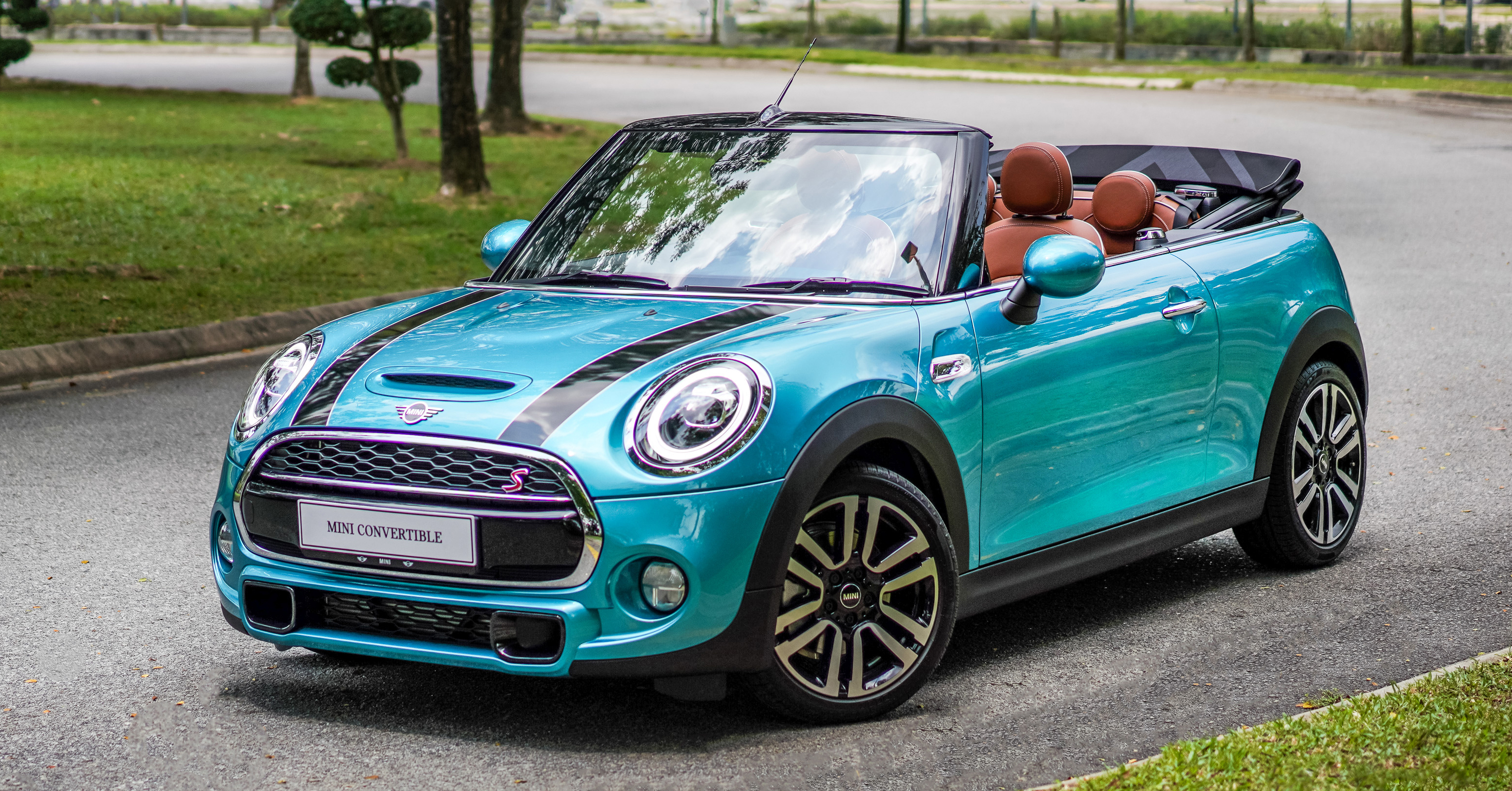 F57 Mini Cooper S Convertible Facelift Launched In Malaysia Limited To Just 20 Units Price From Rm280k Paultan Org