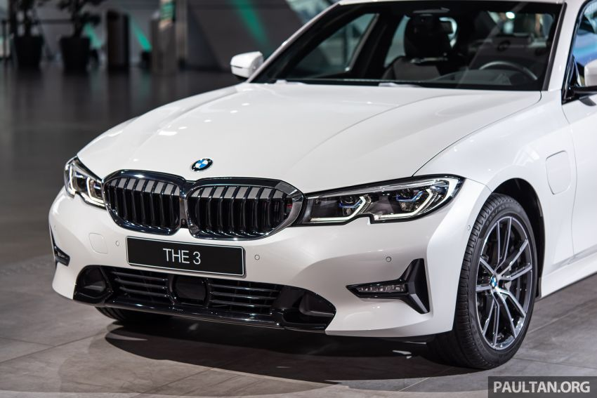 QUICK LOOK: 2019 G20 BMW 330e plug-in hybrid Image #983845