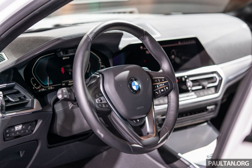 QUICK LOOK: 2019 G20 BMW 330e plug-in hybrid Image #983850