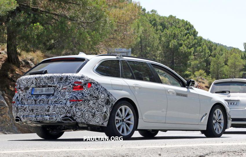 SPYSHOTS: G31 BMW 5 Series Touring LCI spotted Image #984999