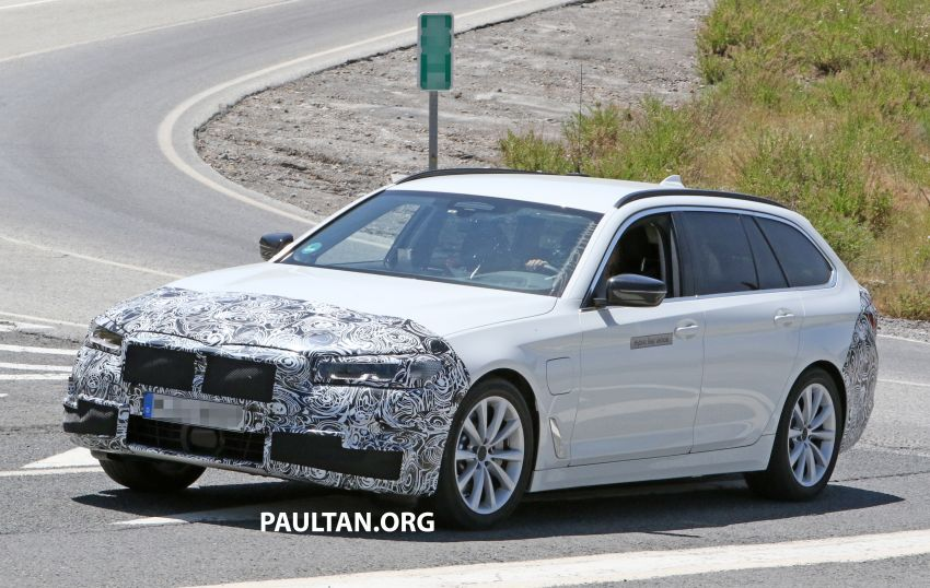 SPYSHOTS: G31 BMW 5 Series Touring LCI spotted Image #984988