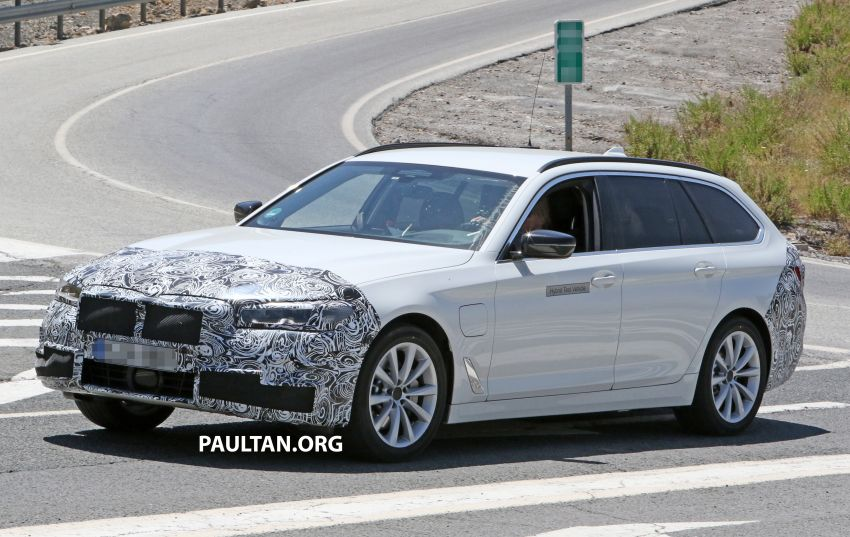SPYSHOTS: G31 BMW 5 Series Touring LCI spotted Image #984989