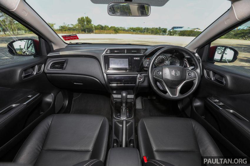 GALERI: Honda City 1.5L V <em>Passion Red Pearl</em> Image #983261