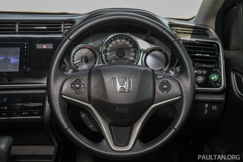 GALLERY: Honda City 1.5L V in Passion Red Pearl Image #983130