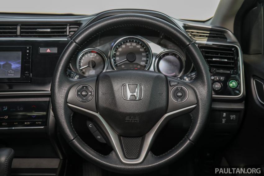 GALERI: Honda City 1.5L V <em>Passion Red Pearl</em> Image #983263