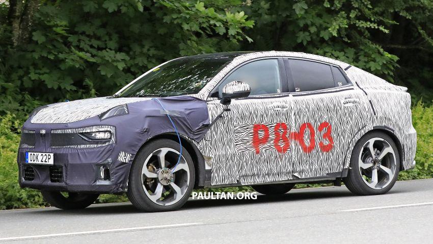 "SPYSHOTS: Lynk & Co 01 SUV ""coupé"" caught testing Image #994636"