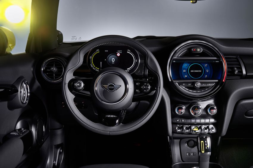 MINI Cooper SE debuts – brand's first fully-electric model; 181 hp and 270 Nm; up to 270 km of range Image #983558