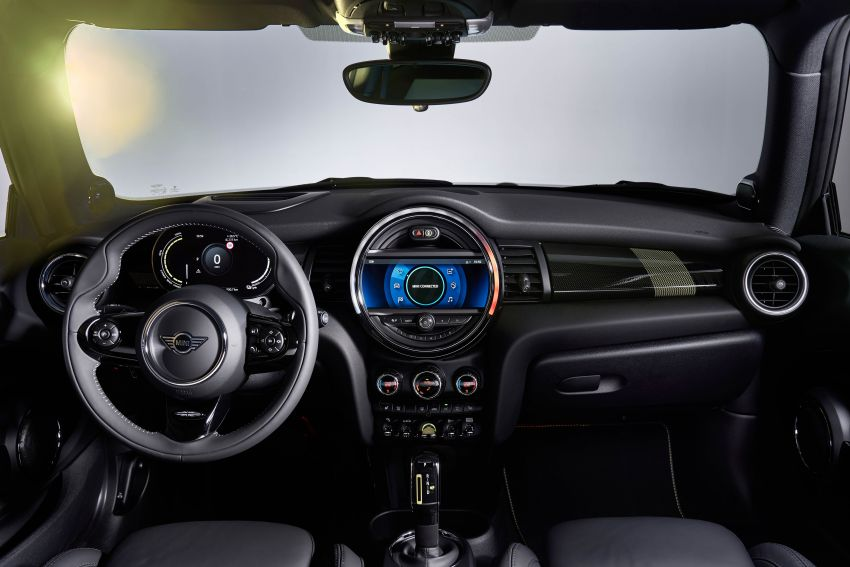 MINI Cooper SE debuts – brand's first fully-electric model; 181 hp and 270 Nm; up to 270 km of range Image #983559
