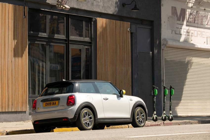 MINI Cooper SE debuts – brand's first fully-electric model; 181 hp and 270 Nm; up to 270 km of range Image #983432