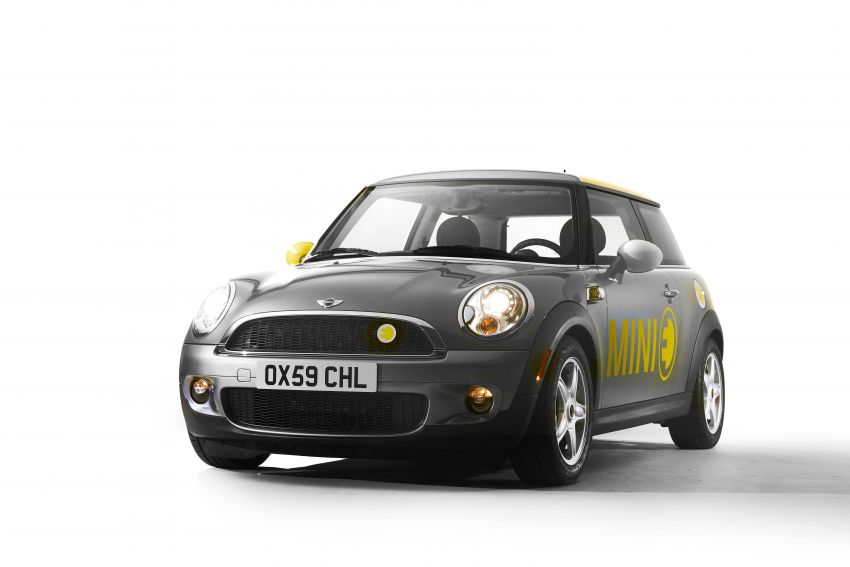 MINI Cooper SE debuts – brand's first fully-electric model; 181 hp and 270 Nm; up to 270 km of range Image #983572