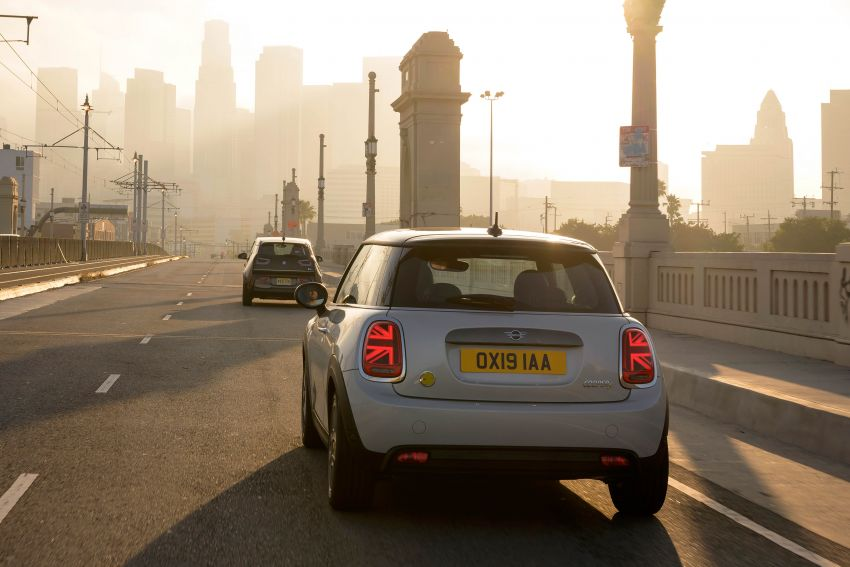 MINI Cooper SE debuts – brand's first fully-electric model; 181 hp and 270 Nm; up to 270 km of range Image #983464