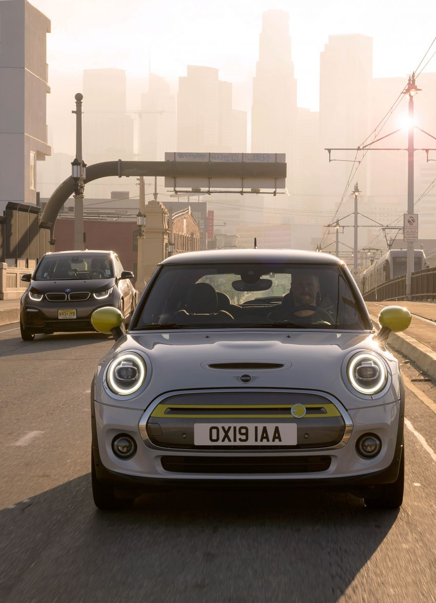 MINI Cooper SE debuts – brand's first fully-electric model; 181 hp and 270 Nm; up to 270 km of range Image #983466