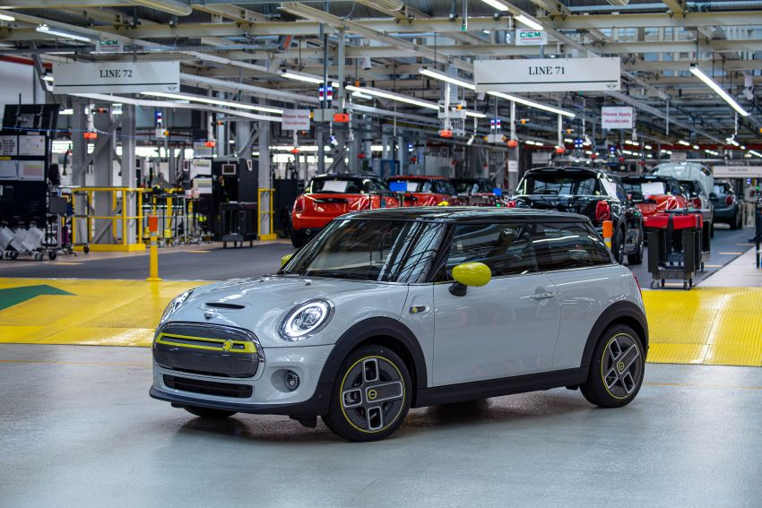 MINI Cooper SE debuts – brand's first fully-electric model; 181 hp and 270 Nm; up to 270 km of range Image #983534