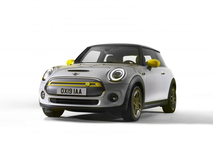 MINI Cooper SE debuts – brand's first fully-electric model; 181 hp and 270 Nm; up to 270 km of range Image #983536