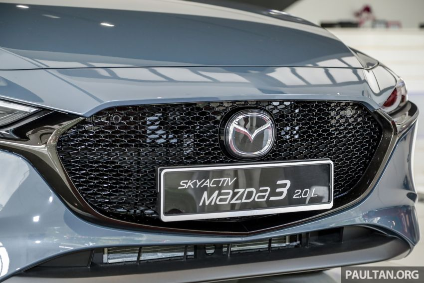 Mazda 3 2019 tiba di bilik pameran Malaysia – 1.5L Sedan dan 2.0L hatchback High Plus, bermula RM140k Image #982278