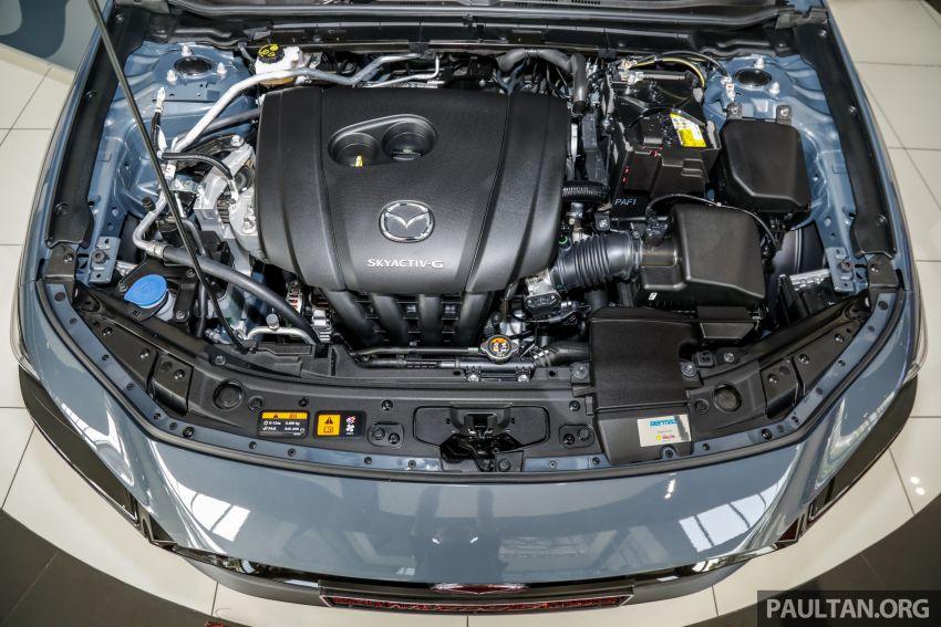 Mazda 3 2019 tiba di bilik pameran Malaysia – 1.5L Sedan dan 2.0L hatchback High Plus, bermula RM140k Image #982296