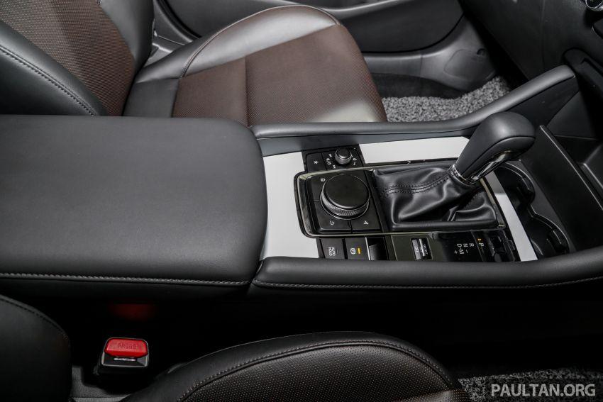 Mazda 3 2019 tiba di bilik pameran Malaysia – 1.5L Sedan dan 2.0L hatchback High Plus, bermula RM140k Image #982315