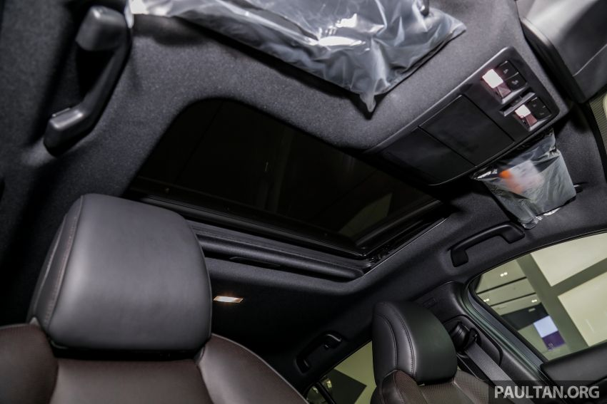 Mazda 3 2019 tiba di bilik pameran Malaysia – 1.5L Sedan dan 2.0L hatchback High Plus, bermula RM140k Image #982317