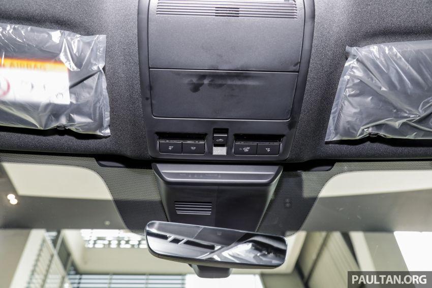 Mazda 3 2019 tiba di bilik pameran Malaysia – 1.5L Sedan dan 2.0L hatchback High Plus, bermula RM140k Image #982319