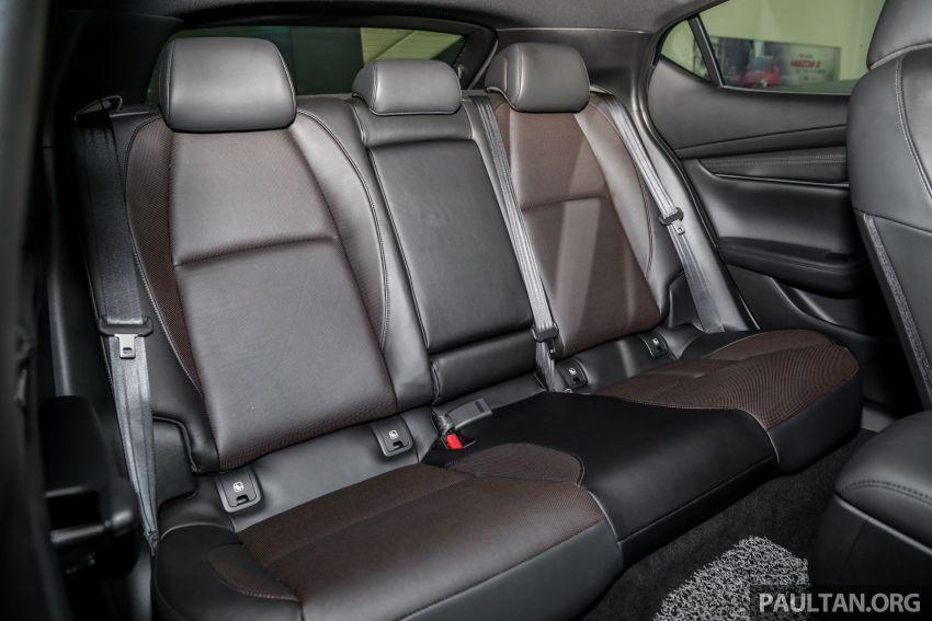 Mazda 3 2019 tiba di bilik pameran Malaysia – 1.5L Sedan dan 2.0L hatchback High Plus, bermula RM140k Image #982337
